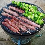 Pomysły z mięsa mielonego na grill – bułgarskie kebabcze