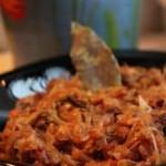 Kapusta po śląsku – z grochem, boczkiem, ziemniakami
