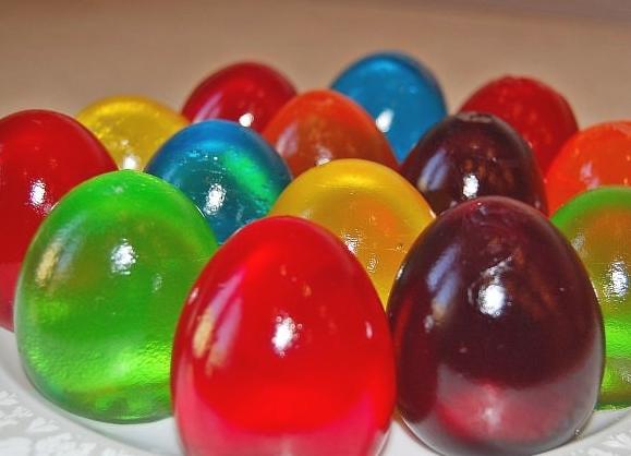 Słodkie jajka z galaretki